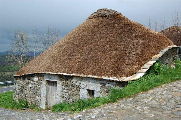 Palloza (stone hut), O Cebreiro, Spain