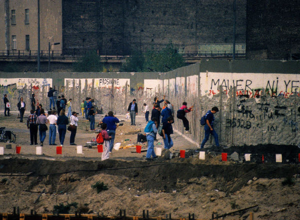 Berlin Wall 1990, Berlin, Germany