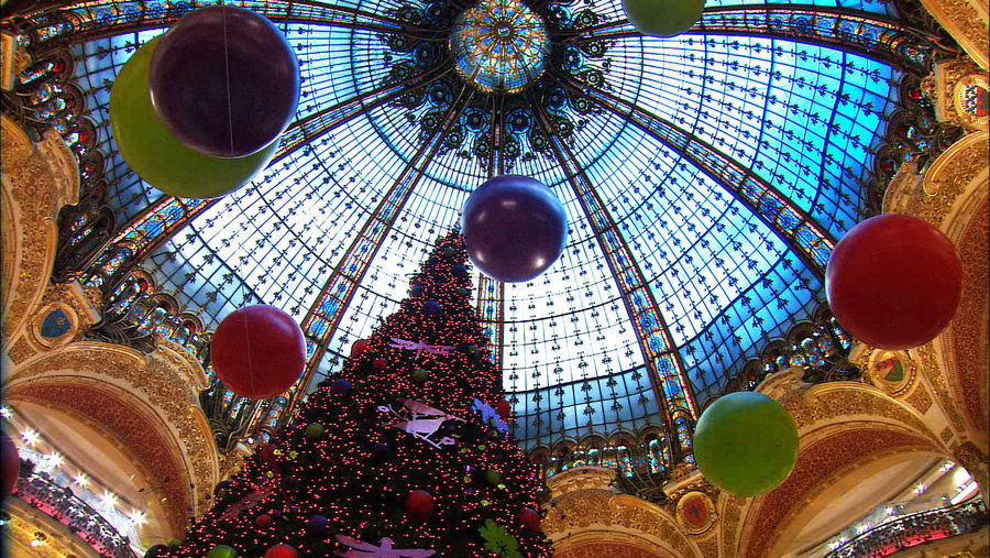 Galeries Lafayette department store decorated for Christmas, Paris, France