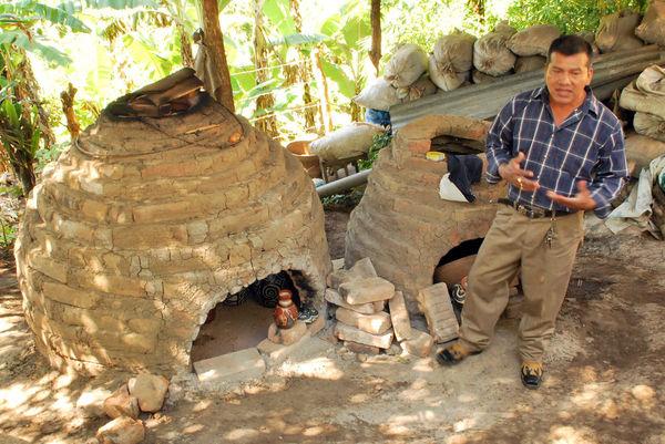 Potter and Kiln, Nicaragua