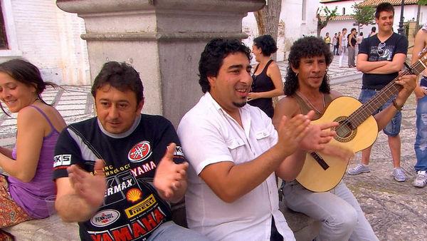 Street musicians, Granada, Spain