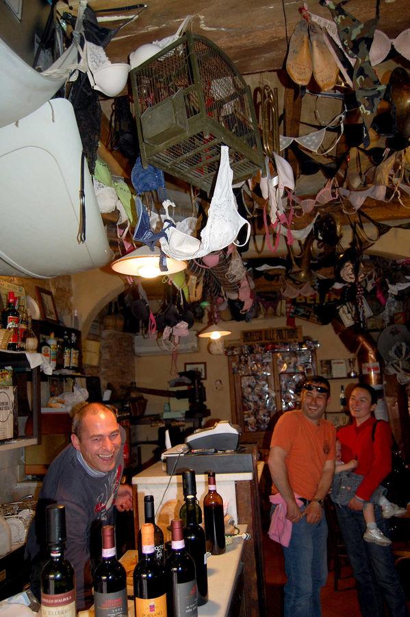 La Vena di Vino wine bar, Volterra, Italy