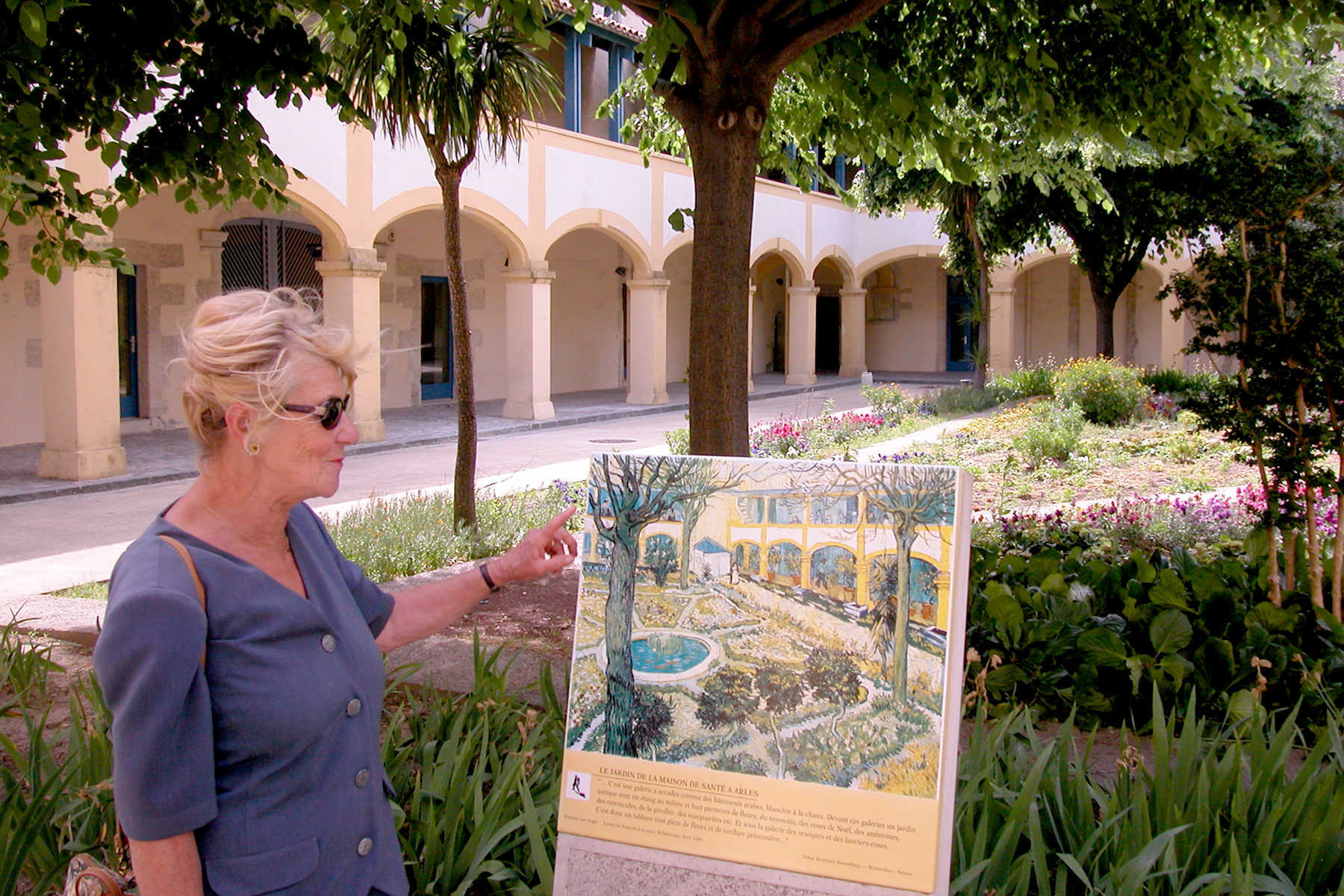 Guide at Van Gogh Garden, Arles, Provence, France
