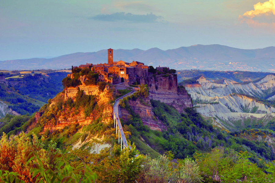 Italy 39 s civita di bagnoregio jewel on the hill by rick steves - Civita di bagno ...