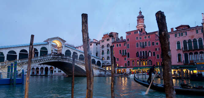Rialto Bridge at twilight, Venice, Italy