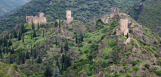 Châteaux de Lastours, Languedoc-Roussillon, France