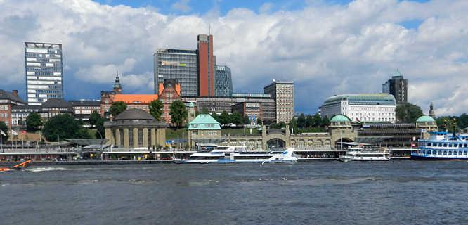 St. Pauli Landungsbrücken Harborfront, Hamburg, Germany