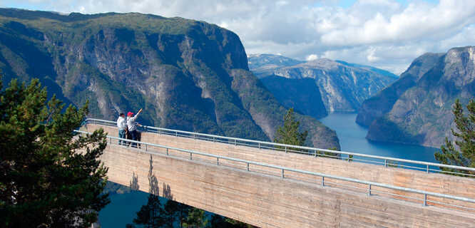 Stegastein viewpoint, near Flåm, Norway