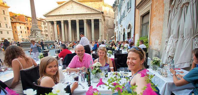 Lunch on Piazza della Rotonda, Rome, Italy