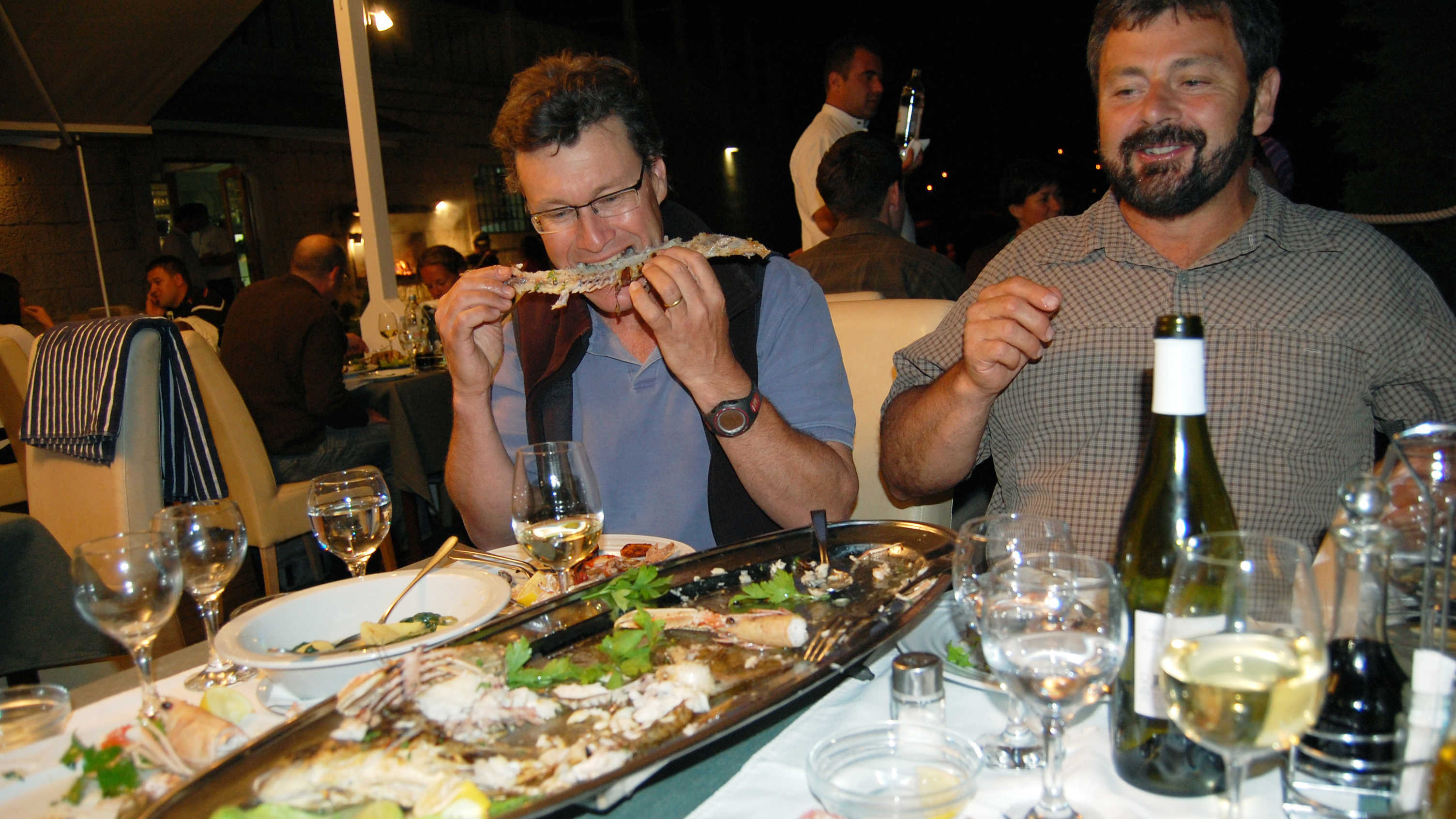 Karel and Simon dine in Hvar, Croatia