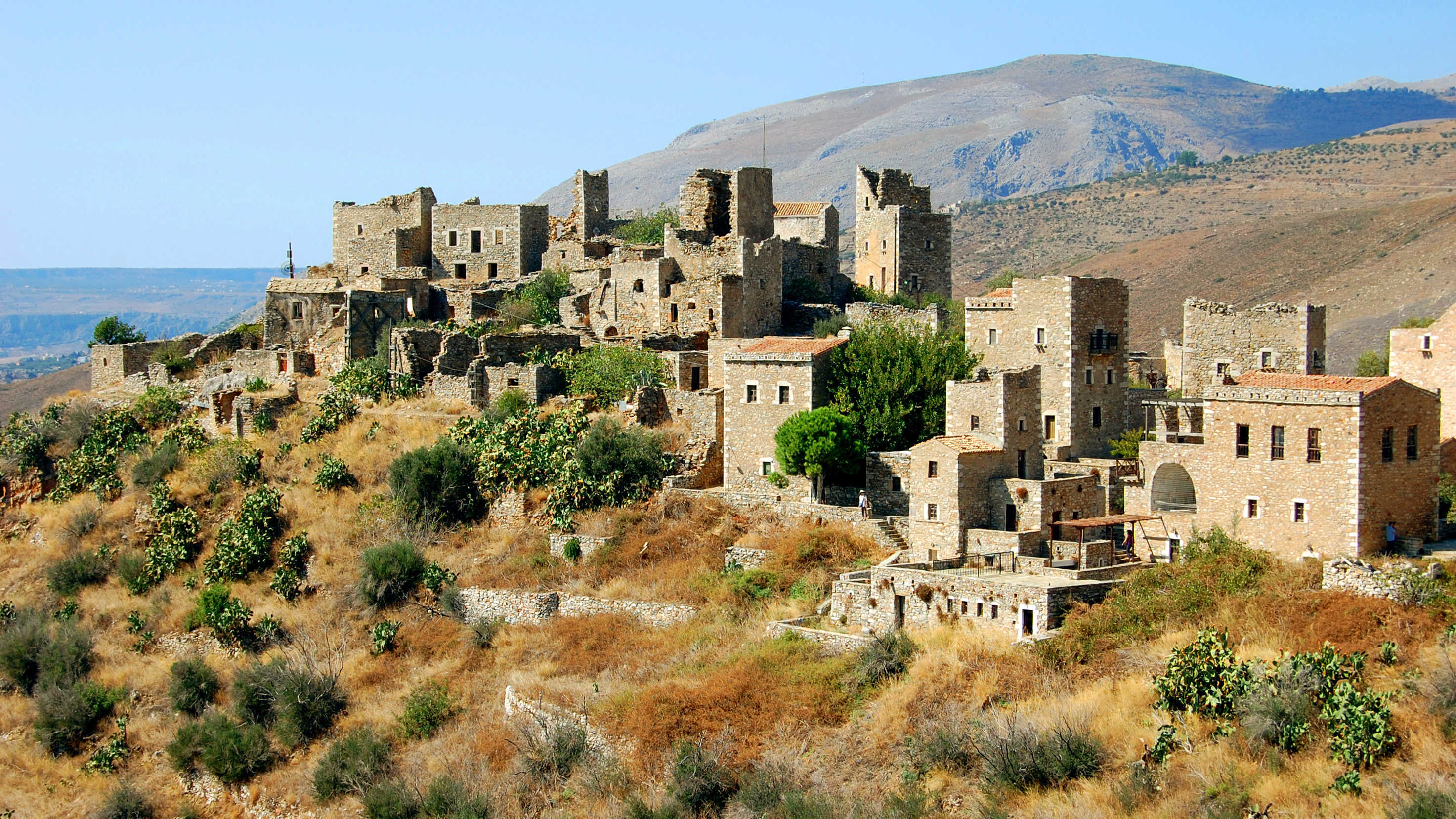 Vathia's deserted, fortified houses