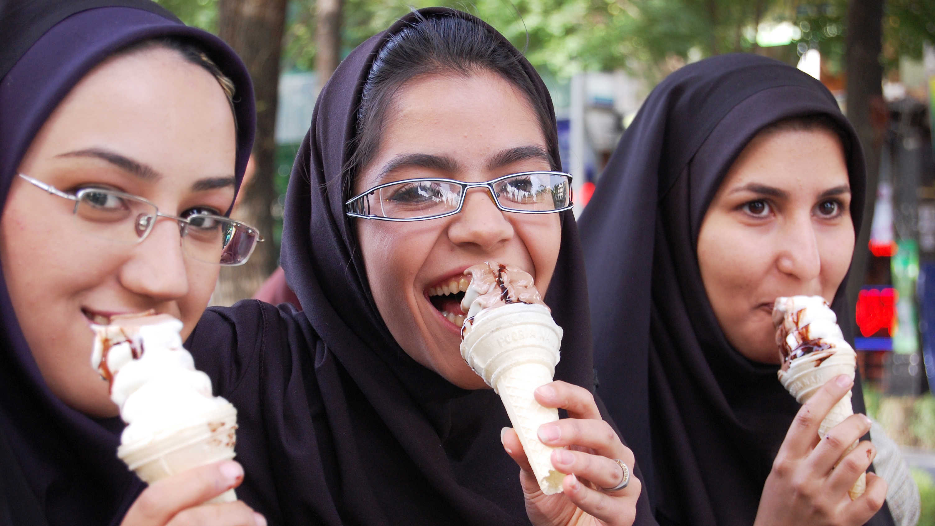 Iranian girls eating ice cream