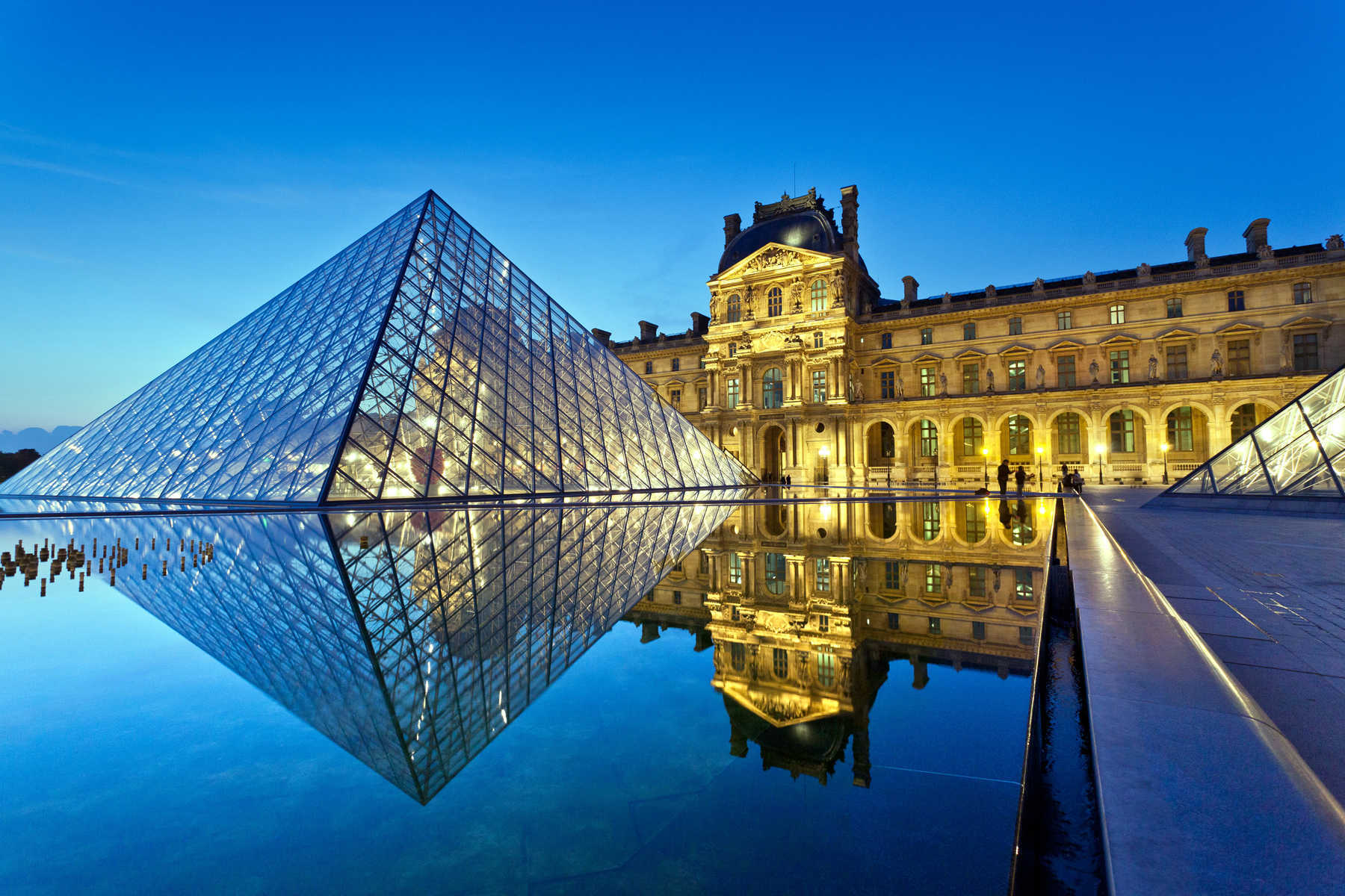 The Louvre's pyramid at night