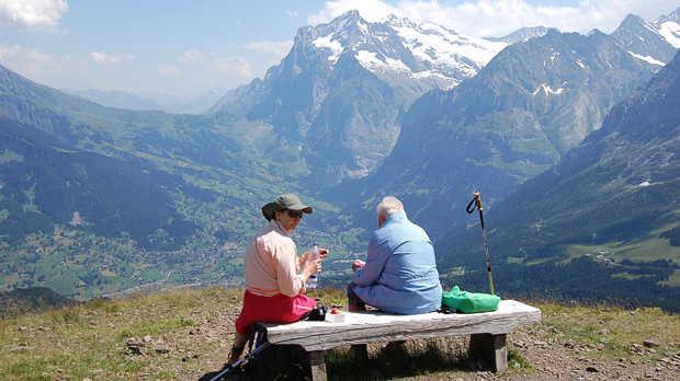 Grindelwald-view picnic on Männlichen–Kleine Scheidegg trail, Berner Oberland, Switzerland
