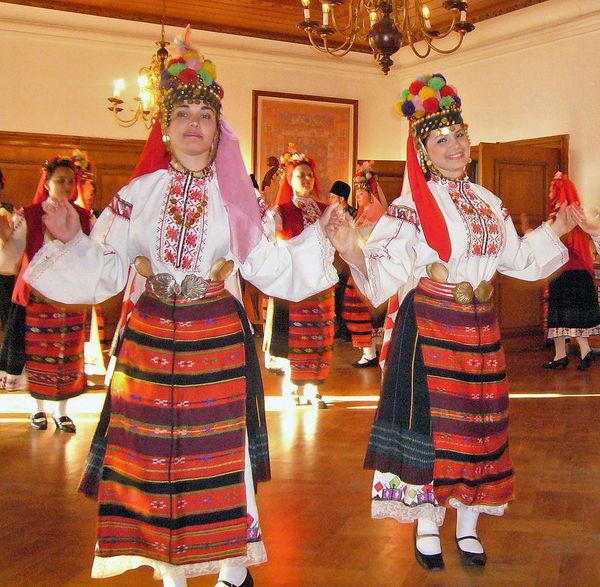 Folk dancers, Veliko Tarnovo, Bulgaria