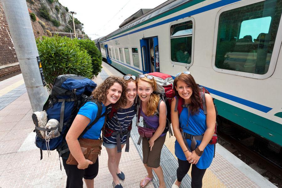 Train platform, Manarola (Cinque Terre), Italy