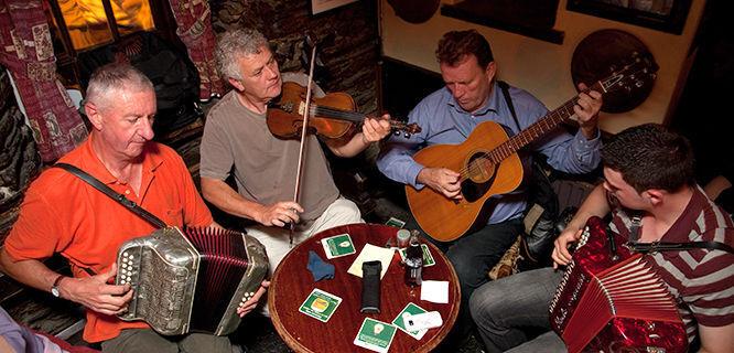 Pub musicians, Kinsale, Ireland