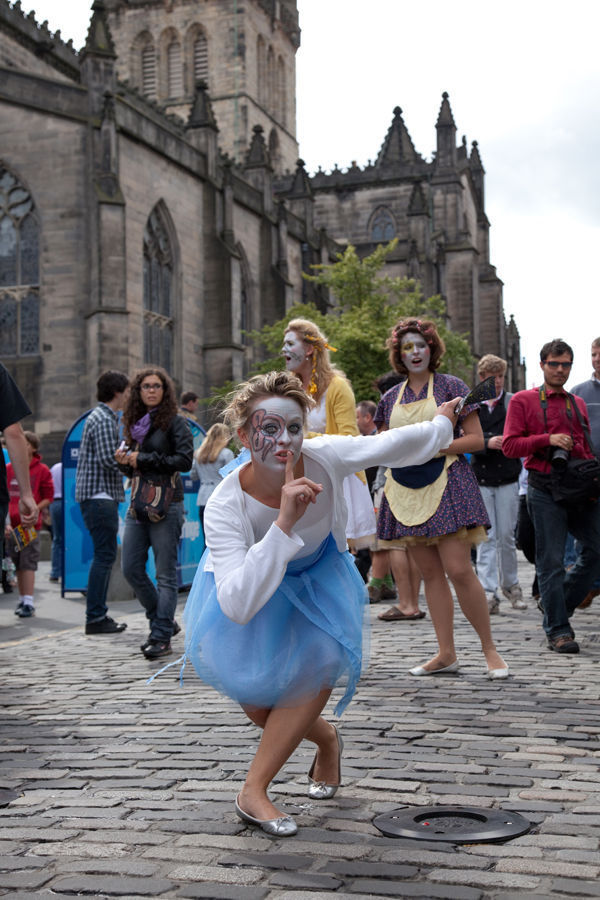 Street performers, Edinburgh, Scotland