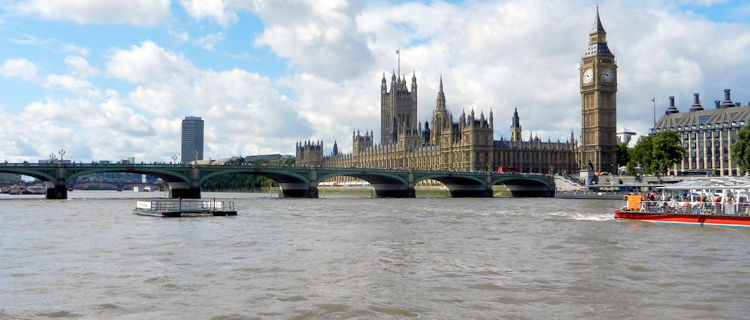Westminster Bridge, Houses of Parliament, and Elizabeth Tower (Big Ben), London, England