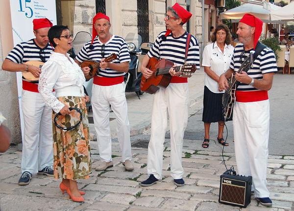 Street musicians, Rovinj, Croatia
