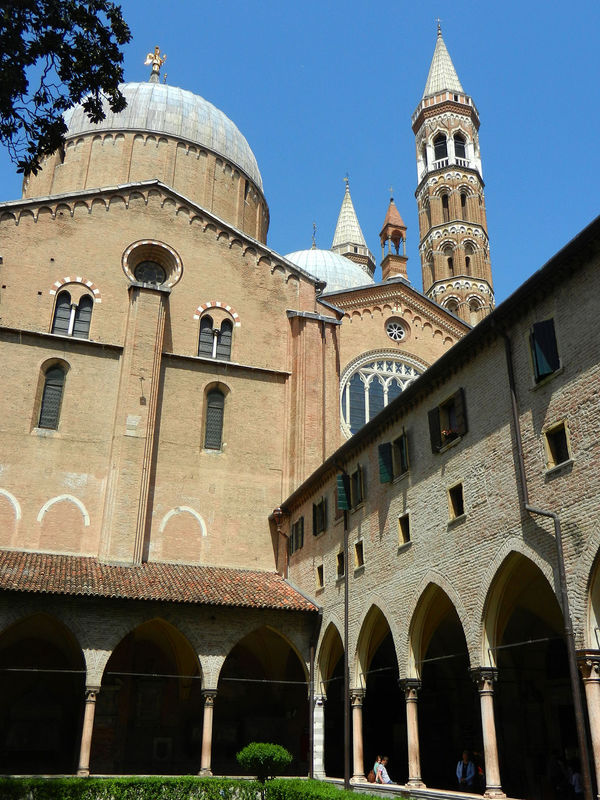 Cloister of Basilica of St. Anthony, Padua, Italy