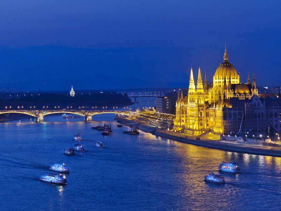 Hungarian Parliament and Danube River, Budapest, Hungary