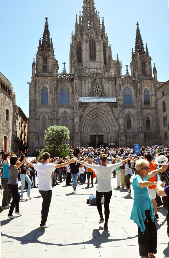 Sardana dance in front of the cathedral, Barcelona, Spain