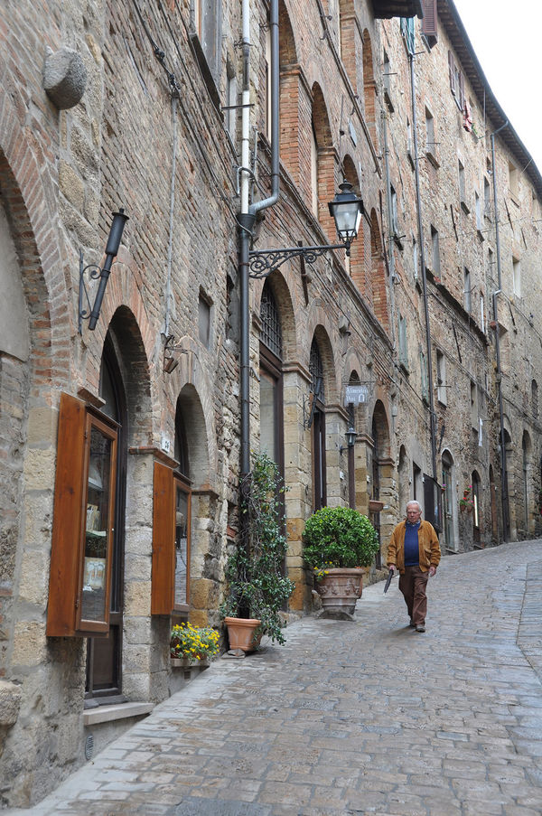 Volterra: Tuscany's Top Hill Town by Rick Steves
