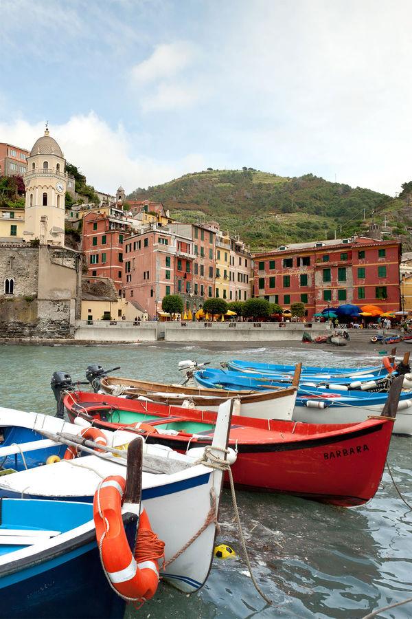 Harbor, Vernazza (Cinque Terre), Italy