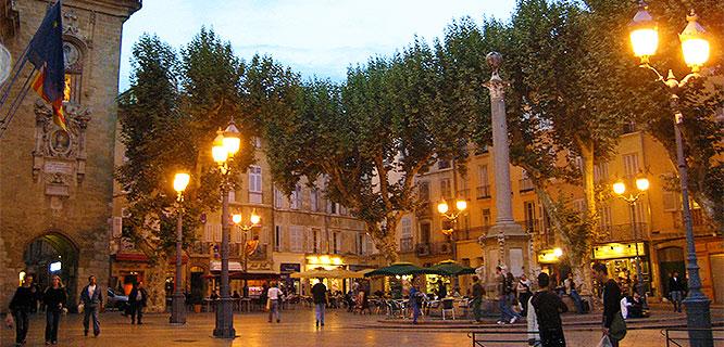 Place de l'Hôtel de Ville, Aix-en-Provence, France