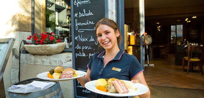 Café fare, Chartres, France
