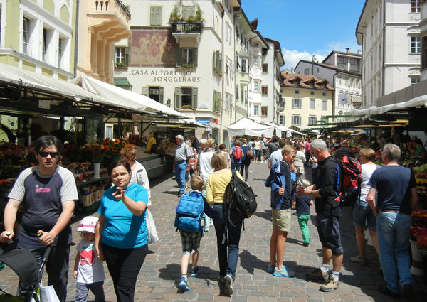 Produce market on  Piazza Erbe / Obstplatz, Bolzano, Italy