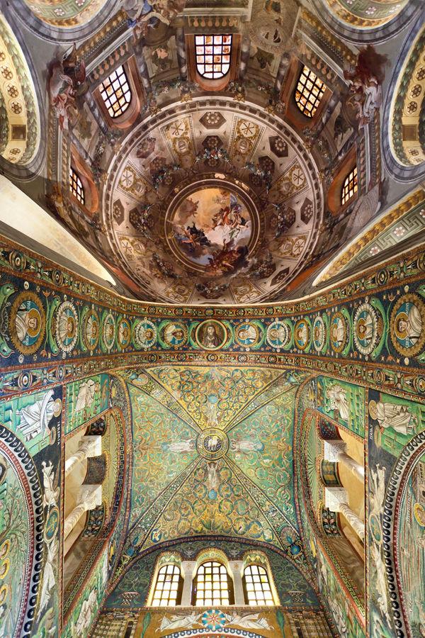 Ceiling mosaic, Basilica di San Vitale, Ravenna, Italy