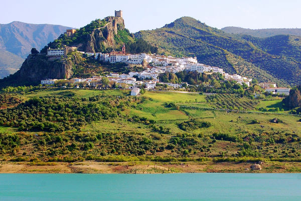 Andalucía's White Hill Towns by Rick Steves