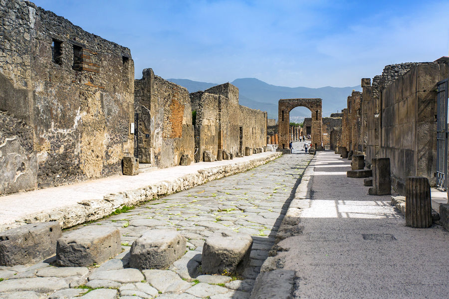 Via dell'Abbondanza, the main street of ancient Pompeii, Italy