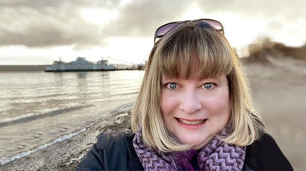 Travel speaker Lauren Mills