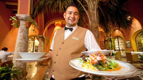 spanish-waiter
