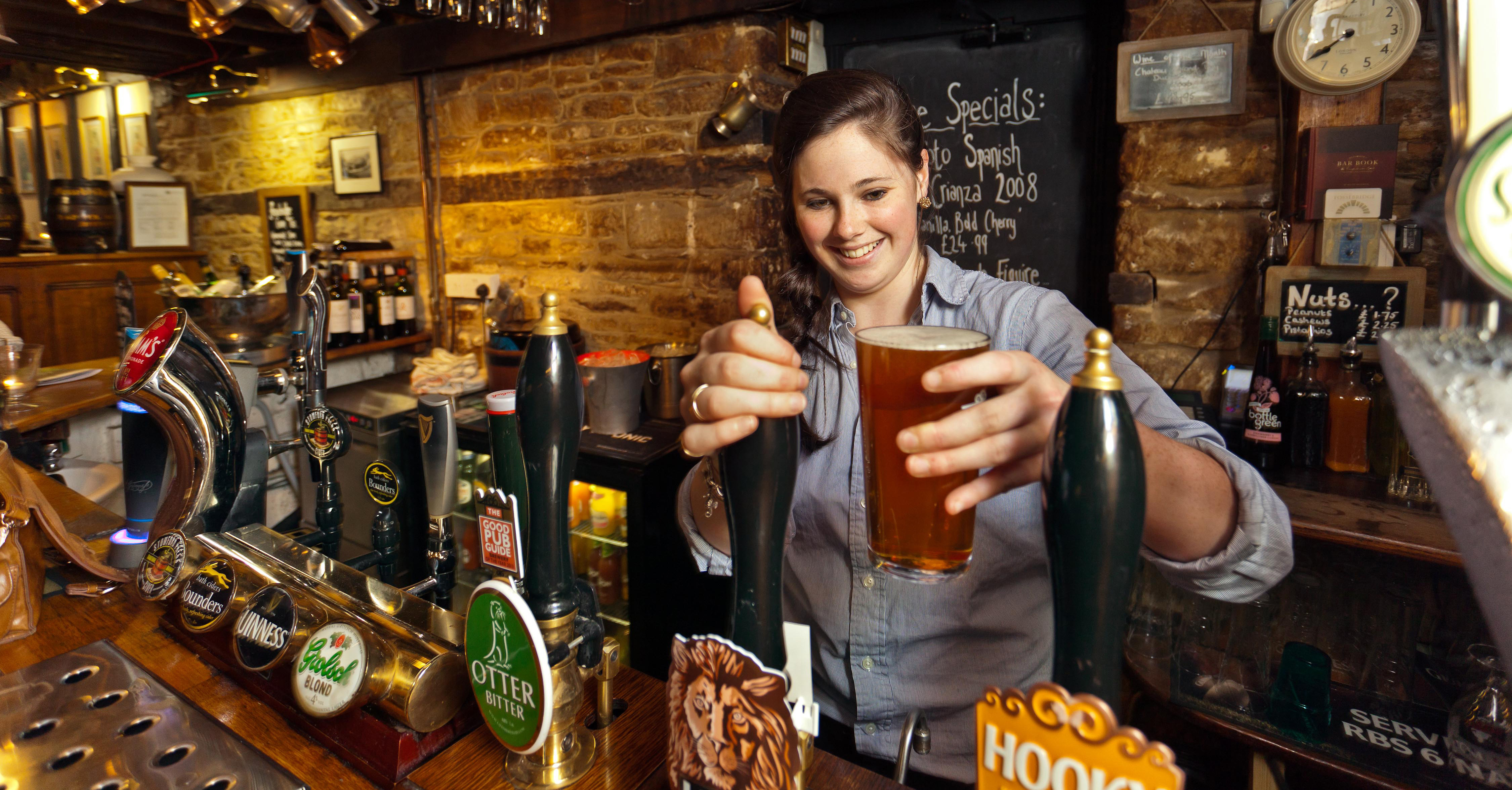 london-pub