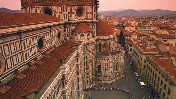 Lining up for the Duomo, Florence, Italy