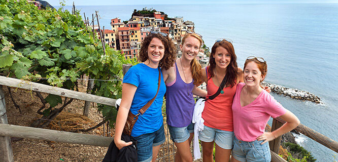 cinque-terre-italy-hiking-trail