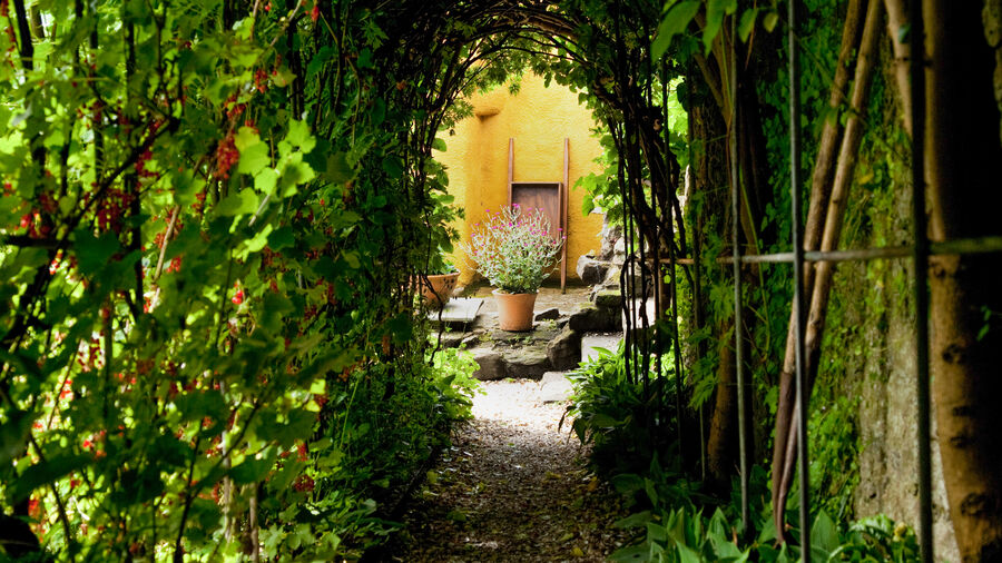 Gardens at Culross Palace, Culross